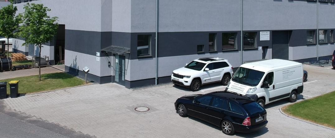 Kirbach Industrieservice GmbH, Tichauer Weg 22-24, 40231 Düsseldorf, Tel. +49211/ 23940547
